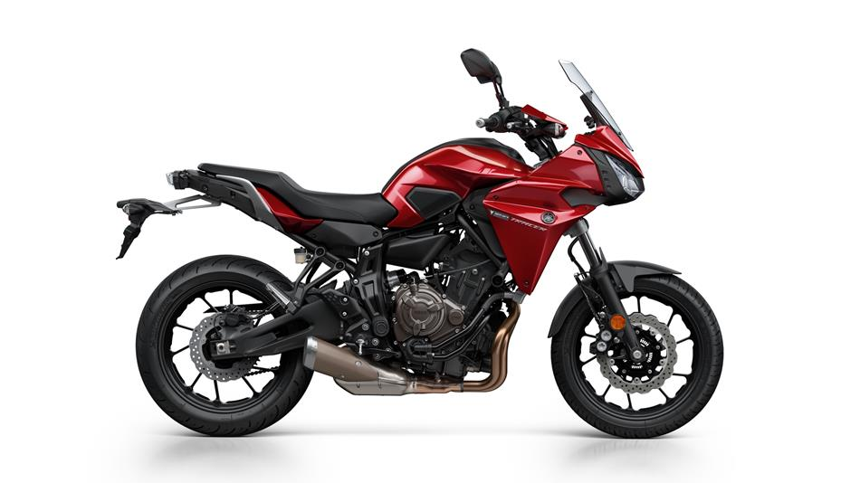 Yamaha Tracer 700 in Radical Red