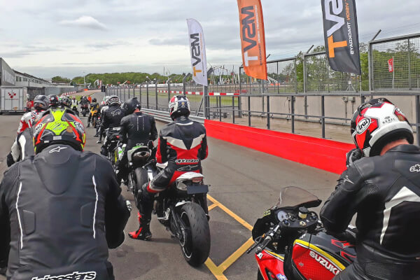 track day briefing for all riders