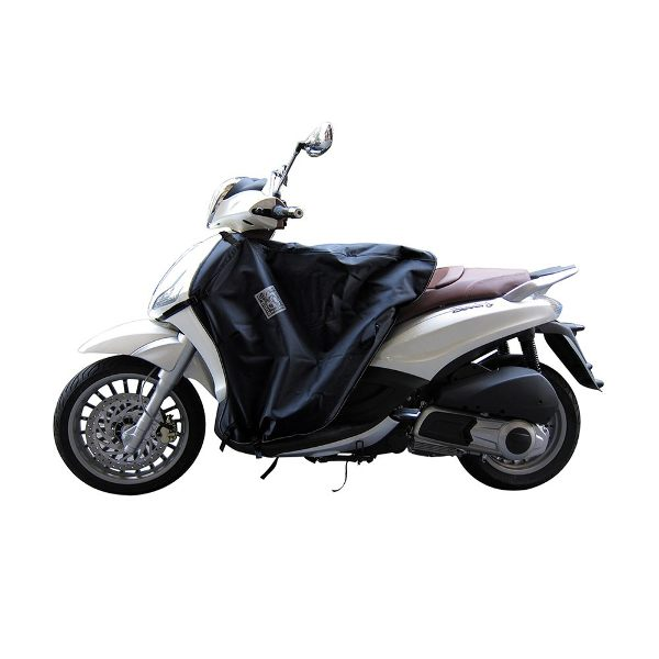 Tucano Urbano Termoscud Legcover For Scooter R081N