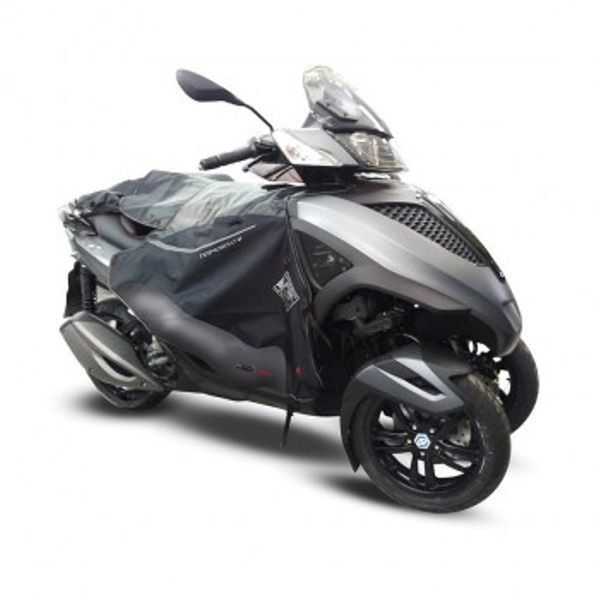 Tucano Urbano Termoscud Legcover For Scooter R085N